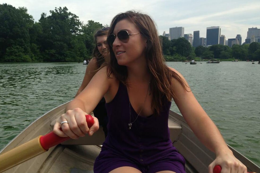 Residents rowing boats in Central Park with EHS Student Life